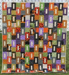 Halloween Scrap Buster - a Finished Quilt! - Katie Mae Quilts