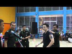 ยอดนยมในขณะน - ประเทศไทย : นาทนกรองดง กวน ดวาล จบไดใบแดง : Khaosod TV http://www.youtube.com... http://ift.tt/1RZrlL7
