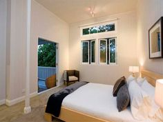 2007 Paddington, bed 2
