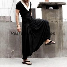 """HOT PRICES FROM ALI - Buy """"Summer black Show Clothes Personality street mens linen pants men hot pants mens outdoors baggy pants cargo casual trousers"""" for only 49 USD. Man Skirt, Skirt Pants, Hot Pants, Harem Pants, Mode Cyberpunk, Oriental Fashion, Oriental Style, Skirt Fashion, Men's Fashion"""
