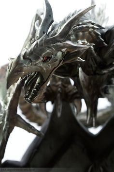 Alduin the World Eater Dragon Cake @FoodBlogs