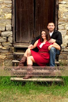 Charles Town, WV - Engagement Photography