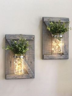 Farmhouse decor fall decor rustic home decor rustic .- Bauernhaus Dekor Herbst Dekor rustikale Wohnkultur rustikale Wand Farmhouse decor fall decor rustic home decor rustic wall Mason Jar Sconce, Vasos Vintage, Rustic Fall Decor, Deco Nature, Ideias Diy, Decorated Jars, Rustic Walls, Rustic Wall Sconces, Rustic Wood Wall Decor