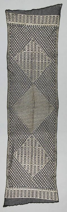shawl - asyut, upper egypt, early 1900s; netted cotton and silver