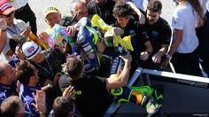 Profitez des 5 des plus belles photos du grand prix de San Marin de MotoGP 2014 sélectionnées exclusivement pour vous. Comment ne pas débuter cette sélecti