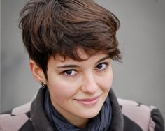relax 29 Entrancing Short Hair Styles For Thick Hair For 2013