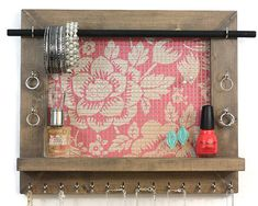 Our Jewelry Organizers are perfect for the everyday gal. At Penny Lane Company our Jewelry Holders are made of quality materials and are very