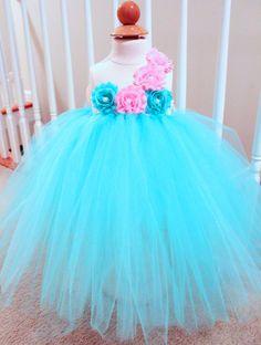 Hey, I found this really awesome Etsy listing at https://www.etsy.com/es/listing/179073483/aqua-tutu-dress-flower-girl-tutu-dress