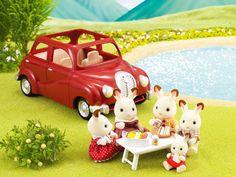 Catalogue|Sylvanian Families Red Family Saloon Car