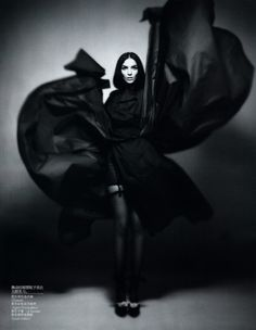 Mariacarla Boscono flair for drama is always put to good use in her editorial work – even the simplest of studio editorials comes to life when Mariacarla turns on the charm and breaks out her expressive poses.Solve Sundsbo's elegant black and white shots for Vogue China are taken to the next level by Anastasia Barbieri's captivating styling