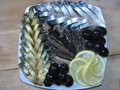 Posts sobre el tema «Салаты и нарезка Good Food, Yummy Food, Tasty, Amazing Food Decoration, Fingerfood Party, Food Garnishes, Snacks Für Party, Food Platters, Culinary Arts