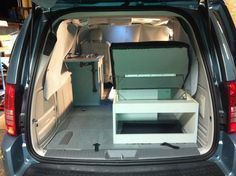 Photo: minivan camper dodge vw caravan routan sienna oddyse