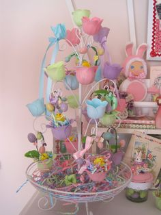 Bath Confetti Easter Tree, Don't get wet! Too funny! tutorial link