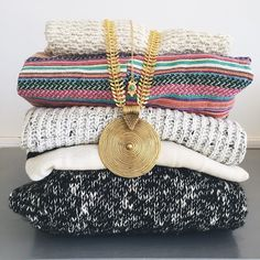 """""""It's almost that time of year to put the sweaters away and bring the shorts out to play! Who else is excited?! #moiramackenzie #jewels #jewelry #style…"""""""