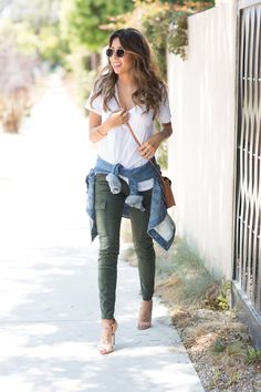how to wear cargo pants, J. Brand Houlihan, pursuit of shoes style Pursuit of Shoes waysify
