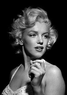 Marilyn monroe : always classic beauty. Marylin Monroe, Marilyn Monroe Fotos, Marilyn Monroe Portrait, Marilyn Monroe No Makeup, Hollywood Glamour, Hollywood Actresses, Classic Hollywood, Old Hollywood, Stephane Audran