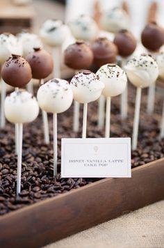 Cake pops - white & chocolate.