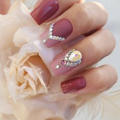 Unhas Artísticas, Unhas Decoradas, Unhas Com Pedras E Adesivos De Unhas Fingernails Painted, Cute Acrylic Nails, Cute Nails, Pretty Nails, Gel Nails, Glitter Nails, Pretty Nail Designs, Short Nail Designs, Nail Art Designs
