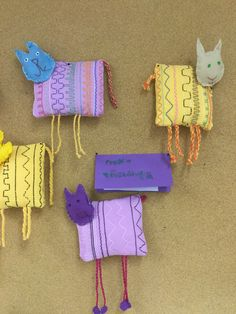 Vohvelipujotus Crafts To Do, Felt Crafts, Easy Crafts, Crafts For Kids, Arts And Crafts, Weaving Projects, Easy Sewing Projects, Sewing Crafts, Recycled Toys