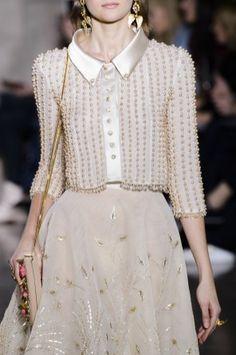 Georges Hobeika Spring 2018 Couture Fashion Show Details Look Fashion, Fashion Details, Runway Fashion, Fashion Beauty, Fashion Show, Womens Fashion, Lolita Fashion, Ss15 Fashion, Fashion Fall
