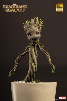 [ELITE CREATURE COLLECTIBLES] Guardiões da Galáxia: Estátua do pequeno Groot