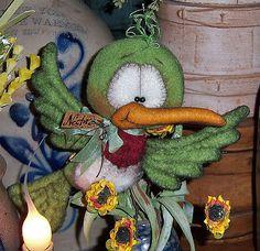 "Primitive Green Humming Bird Fuzzy 7"" Parrot Bear Doll Vtg Patti's Ratties Ornie"