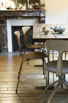 Wenn wir über Dekoration zu Hause reden, ist der Wohnstil der Ausgangspunkt wie all seine Bestandteile - Mobiliar und Zubehör. Esstische im Landhausstil