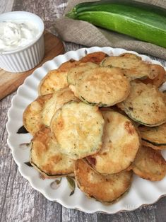 Taking the guesswork out of Greek cooking.one cup at a time Fried Zuccini, Fried Zucchini Chips, Fried Zucchini Recipes, Zucchini Chips Recipe, Funny Vegetables, Veggies, Fried Peppers, Cypriot Food, Greek Cooking