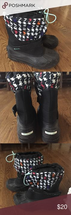 Columbia Snow Boots size 7 Ladies Columbia Snow Boots. Size 7. Used for 1 season by my daughter. Lots of life left in these. Columbia Shoes Winter & Rain Boots