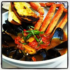 Seafood cioppino Seafood Cioppino, Thai Red Curry, Ethnic Recipes
