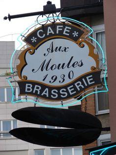 """A Lille, l'enseigne """"Aux Moules"""""""