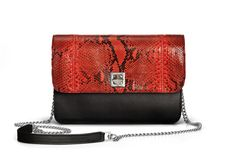 De Marquet - Night&Day: The Night&Day is a very versatile handbag with interchangeable covers that adapts to your style. This model features a black base and a red python cover. Find your combination at www. Day Bag, Day For Night, Python, Finding Yourself, Your Style, Base, Cover, Red, Blankets