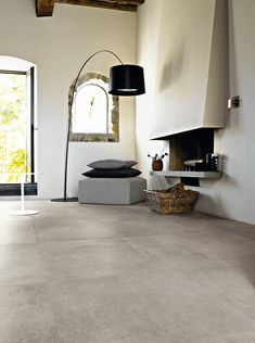 Ceramic products and porcelain stoneware tiles Hall Flooring, Living Room Flooring, Kitchen Flooring, Stair Shelves, Interior Architecture, Interior Design, Wall And Floor Tiles, Wall Tiles, Fireplace Design
