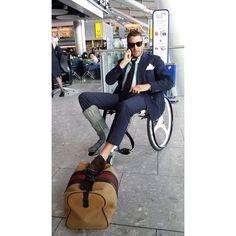 #LapoElkann Lapo Elkann: Flight delayed
