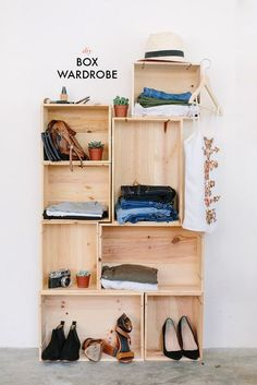 Need a new way to show off or store some of your wares? This one is easy peasy. @apariandaspare