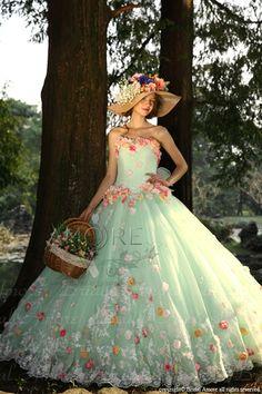 ウェディングドレス、ウエディングドレス、お花