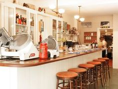Sister resto to Joe Beef, this farmhouse style joint serves up home cooking like mama used to make.