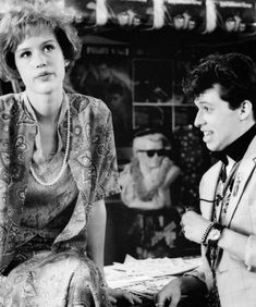 """Molly Ringwald and Jon Cryer in """"Pretty in Pink"""" Pink Movies, 1980's Movies, Great Movies, Love Movie, Movie Tv, Movies Showing, Movies And Tv Shows, Memories Of Murder, Jon Cryer"""