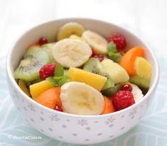 Salata de fructe Dessert Recipes, Desserts, Fresh Fruit, Fruit Salad, Food, Fitness, Salads, Tailgate Desserts, Deserts