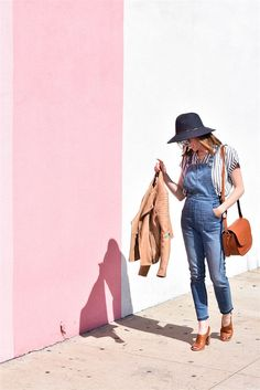 Have you been eyeing those overalls but aren't sure how to wear them? Here are some ideas for wearing overalls outfits for women | madewell overalls outfit | overalls women | overalls outfits | womens style | spring style | street style | overalls fashion | how to wear overalls