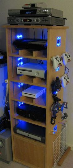 More ideas below: Teenage gamer room ideas Organization Girly games room Lights Seating decor Minimalist Ikea gamer room diy Small Modern gamer room ideas man cave Design Couple Kids gamer room ideas decor Art gamer room ideas offices Game Decor gamer roo Man Cave Designs, Game Room Design, Small Room Design, Game Room Decor, Room Setup, Living Room Gaming Setup, Mens Room Decor, Geek Decor, Room Decorations