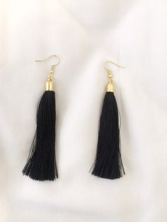 Tassel earrings black