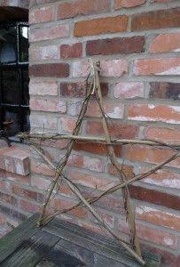 Fünfzackiger Stern aus Zweigen oder Ästen, Pentagramm