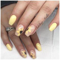 Natural Nail Designs, Short Nail Designs, Fall Nail Designs, Acrylic Nail Designs, Disney Nail Designs, Simple Nail Designs, Disney Acrylic Nails, Simple Acrylic Nails, Yellow Nails Design