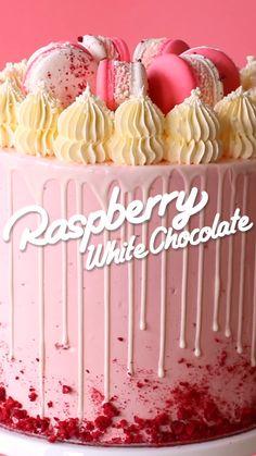 Raspberry White Chocolate Cake - Scran Line Baking Recipes - Kuchen White Chocolate Cake, White Chocolate Raspberry, Chocolate Cupcakes, Chocolate Food, Chocolate Recipes, Coffee Cupcakes, Coconut Chocolate, Chocolate Cheesecake, Baking Recipes
