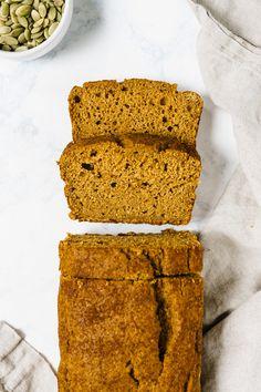 Healthy Pumpkin Bread Spelt Flour and Maple Syrup – pumpkincarvingideas. Pumkin Bread, Healthy Pumpkin Bread, Pumpkin Loaf, Vegan Pumpkin, Pumpkin Recipes, Pumpkin Carving, Spelt Recipes, Flour Recipes, Muffin Recipes