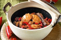 Our take on this chinese 'claypot' chicken stars chilli and cinnamon and is made in a wok for easy midweek dining. Freezer Friendly Meals, Freezer Meals, Low Gi Foods, Yummy Chicken Recipes, Meat Recipes, Delicious Recipes, Asian Recipes, Ethnic Recipes
