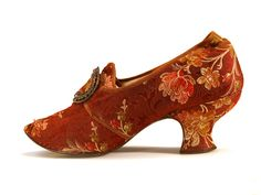 Women's shoes from tapestry fabric on frantsuzskoym heeled buckle. Made in the style of footwear of the 18th century. c. 1880-90s