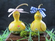 Easter baby chick gourds decoration on wood stand-handpainted