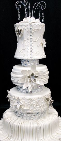 Ornate wedding cake design by Party Flavors Custom Cakes. Beautiful Wedding Cakes, Gorgeous Cakes, Pretty Cakes, Cute Cakes, Amazing Cakes, Unique Cakes, Creative Cakes, Elegant Cakes, Fancy Cakes